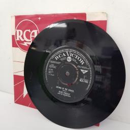 "ELVIS PRESLEY WITH THE JORDANAIRES, crying in the chapel, B side I believe in the man in the sky, RCA 1455, 7"" single"