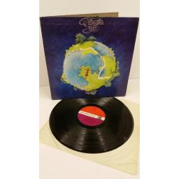 YES fragile, gatefold, centre attached booklet, 2401 019