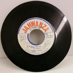 CARLTON LIVINGSTON mr dee jay, 7 inch single