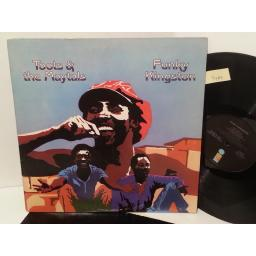TOOTS AND THE MAYTALS funky kingston, ILPS 9330