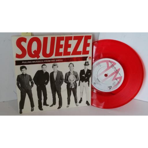 SQUEEZE pulling mussels (from the shell), red vinyl, 7 inch single, AMS 7523