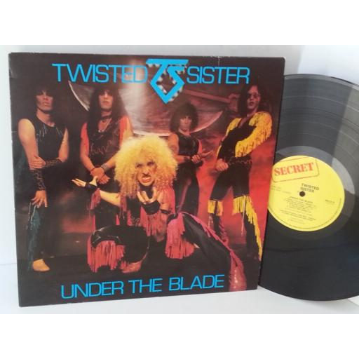 TWISTED SISTER under the blade, SECX 9