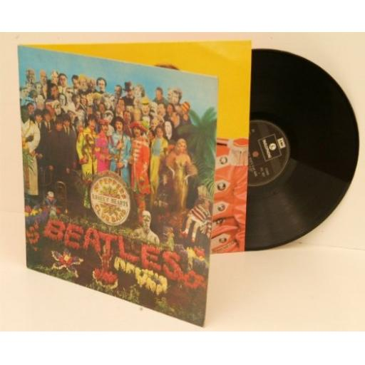 THE BEATLES ,sgt peppers lonely hearts club band.
