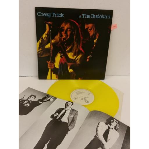 CHEAP TRICK at the budokan, picture booklet, yellow vinyl, EPC 86083