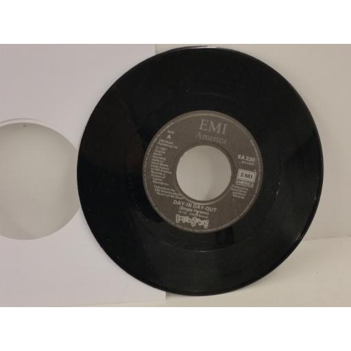 DAVID BOWIE day-in day-out, 7 inch single, EA 230