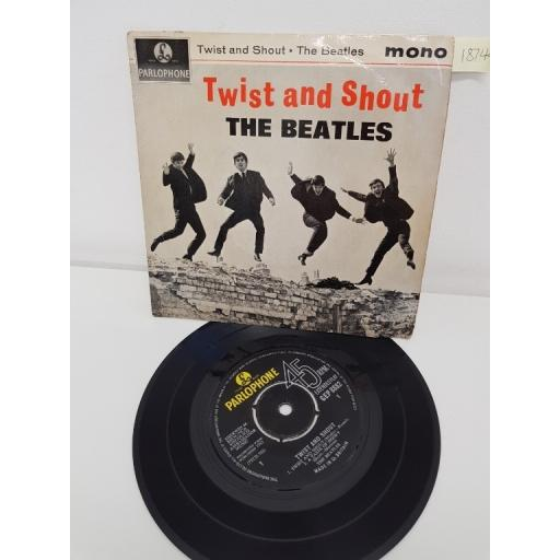 THE BEATLES, side A twist and shout, a taste of honey, side B do you want to know a secret, there's a place, GEP 8882, 7'' EP