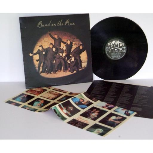 PAUL McCARTNEY AND WINGS band on the run. PAS 10007