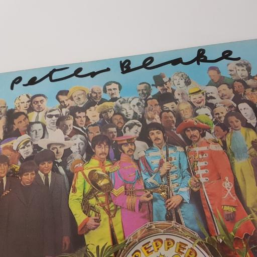 """THE BEATLES, sgt peppers lonley hearts club band, 12"""" GATEFOLD, 2 BOXED EMI BLACK AND SLIVER LABEL, SIGNED COPY, PCS 7027"""