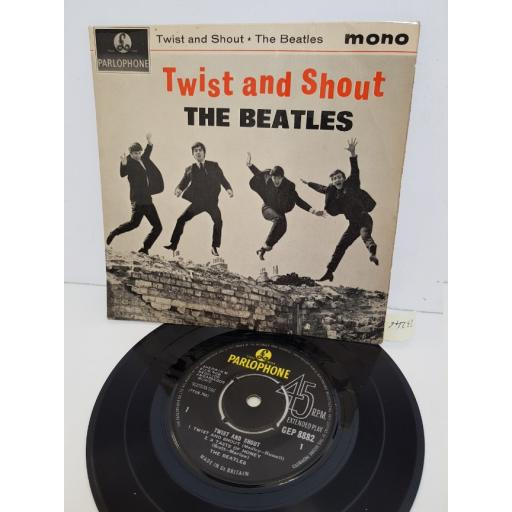 """THE BEATLES - twist and shout. GEP8882, 7"""" single"""