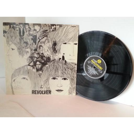 BEATLES revolver. 1966 UK Press on YELLOW AND BLACK parlophone label, MONO