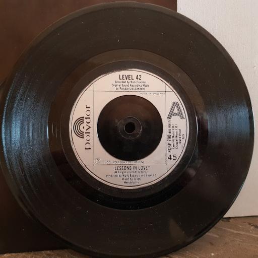 "LEVEL 42 lessons in love. hot water. 7"" vinyl SINGLE. POSP790"